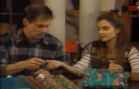 ed-and-michelle-wrap-presents-1995